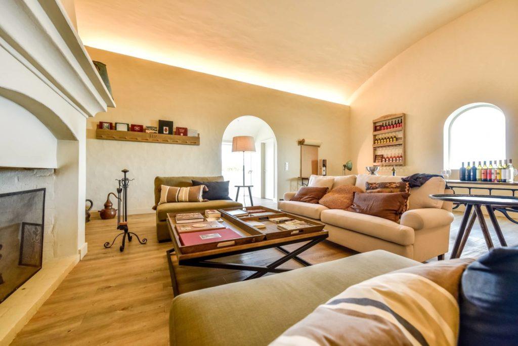 al4-alquatro-portfolio-interior-decoração-alentejo-sala-living-room